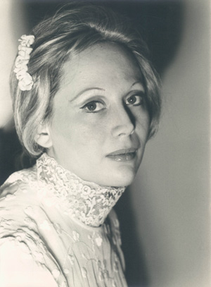 Denise Bassen, Soprano. Photo taken by Herb Levine